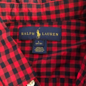Polo button down red and black checkered shirt